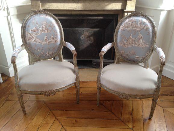 tapissier lyon décorateur maison ruf limonest restauration fauteuil cabriolet toile de jouy décoration