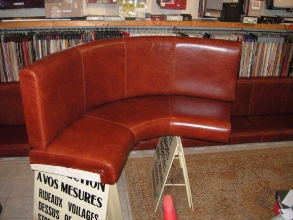 tapissier lyon décorateur maison ruf limonest restauration fauteuil chaise banquette restaurant cuir décoration