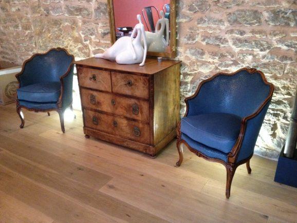 tapissier lyon décorateur maison ruf limonest restauration meuble fauteuil bergere décoration
