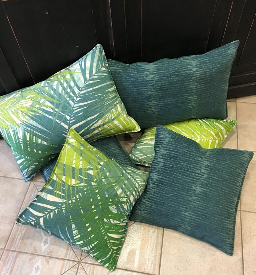coussin tapissier lyon décorateur maison ruf limonest restauration salon jardin outdoor tissu