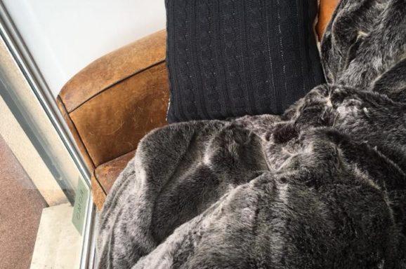 plaid canapé rénovation artisan lyon décoration tapissier