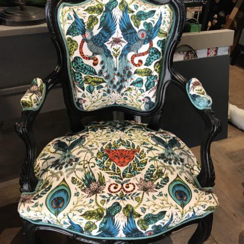 fauteuil tapissier décorateur lyon limonest rénovation tissu maison ruf clarke décoration